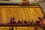 Giá vàng hôm nay 3/3: Vàng tiếp tục lao dốc