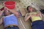 Video: 1.001 kiểu chống nóng sáng tạo, siêu rẻ của sinh viên ở Hà Nội
