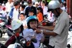 'Giải mã' việc người Đà Nẵng lên xe là đội mũ bảo hiểm