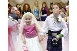 Rớt nước mắt đám cưới như chuyện cổ tích của cô bé 5 tuổi với bạn thân trước khi qua đời