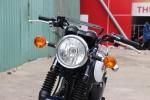 Kawasaki W250 2018 - moto hoai co gia 150 trieu dong tai Viet Nam hinh anh 2