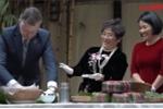 Video: Xem Đại sứ Mỹ gói bánh chưng buộc lạt đón Tết
