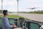 Video: Không quân Singapore triển khai UAV giám sát an ninh hội nghị Mỹ - Triều
