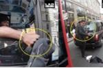 Clip: Văn hóa giao thông đẹp ngỡ ngàng của người Anh gây bão mạng