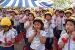 Quy định đội mũ bảo hiểm cho học sinh phụ huynh cần biết