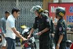 Cảnh sát cơ động không được dừng xe người không đội mũ bảo hiểm