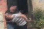 Video: Theo chân công an vây bắt đại ca giang hồ cộm cán, manh động ở phố núi