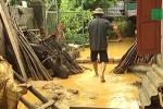 Hãi hùng bùn cát vùi lấp nhà cửa, uy hiếp tính mạng dân Phú Thọ