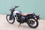 Kawasaki W250 2018 - moto hoai co gia 150 trieu dong tai Viet Nam hinh anh 1