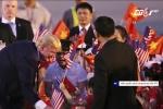 Điều chưa biết về cậu bé bất ngờ được Tổng thống Trump tặng hoa
