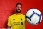Liverpool chính thức ra mắt thủ môn đắt giá nhất lịch sử