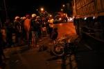 Chạy ngược chiều gây tai nạn, tài xế xe máy bị xe tải cán chết