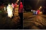 Clip: Lũ cuồn cuộn đổ về Quảng Trị trong đêm