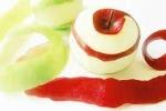 Cách gọt vỏ táo siêu tốc