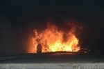 Đám cháy chung cư Carina ở quận 8 TP.HCM bùng phát trở lại sau 8 tiếng