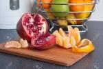 Tác dụng không ngờ của một số loại vỏ trái cây