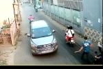 Truy tìm 4 kẻ bịt khẩu trang, truy sát người đàn ông trên đường ở TP.HCM