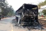 Xe khách chở 38 người cháy trơ khung trên đường Hồ Chí Minh