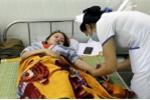 Cô giáo bị phụ huynh hành hung đến thủng màng nhĩ lại nhập viện sau lễ cưới