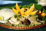 Cách làm gà hấp lá chuối đậm đà hương vị quê hương