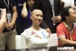Robot Sophia keu nong o Ha Noi, doi lich giao luu xuong buoi chieu hinh anh 1