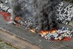 Clip: Kinh hoàng hơn 100 ô tô cháy ngùn ngụt trong siêu bão Jebi