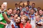 Ảnh: Khi các nhà lãnh đạo trên thế giới cũng 'phát cuồng' vì World Cup