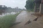 Video: Đoạn đường bê tông dài 90 m mới đem vào sử dụng đổ sụp xuống sông