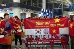 Hàng nghìn CĐV nô nức sang Malaysia tiếp lửa cho tuyển Việt Nam
