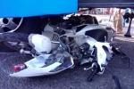 Xe khách tông 5 xe máy dừng chờ đèn đỏ ở Đồng Nai, nhiều người bị thương