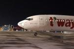 Máy bay Hàn Quốc bị móp, hạ cánh khẩn xuống Tân Sơn Nhất