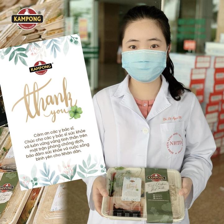 Cựu BTV Ngọc Diệp tặng 1000 suất cơm gà tới các y bác sĩ tuyến đầu chống dịch - 2