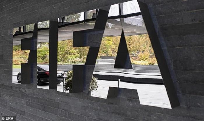 COVID-19 hoành hành, FIFA lần đầu tiên hủy giải tầm cỡ World Cup - 1