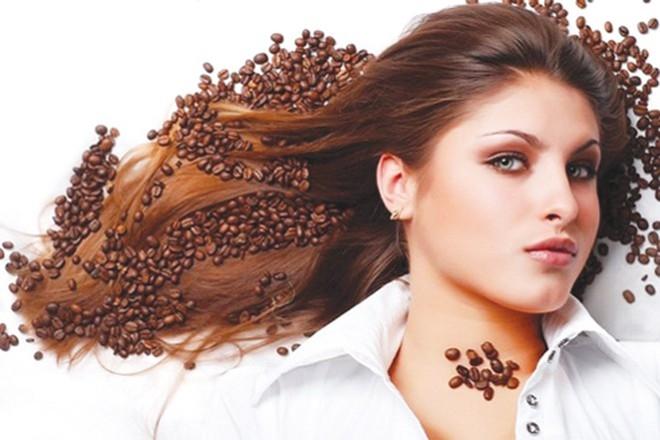 5 công dụng làm đẹp tuyệt vời của bã cà phê - 4