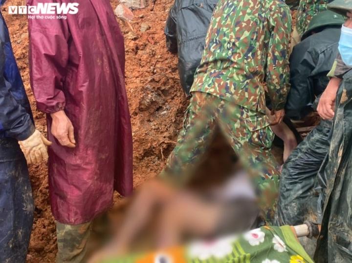 TRỰC TIẾP: Tìm thấy 12 thi thể cán bộ, chiến sĩ Đoàn 337 bị đất sạt lở vùi lấp - 1
