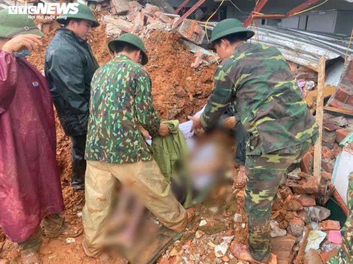 TRỰC TIẾP: Tìm thấy 12 thi thể cán bộ, chiến sĩ Đoàn 337 bị đất sạt lở vùi lấp - 2