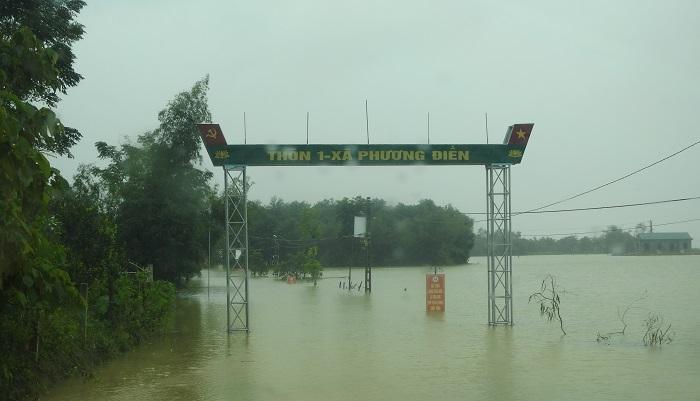 Cán bộ đi họp đồng hương tại TP.HCM lúc mưa lũ, Bí thư huyện ở Hà Tĩnh nói gì? - 2