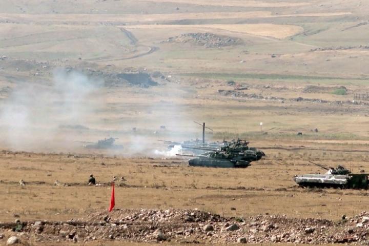 Vì sao chiến thuật xe tăng thất bại trong xung đột Azerbaijan-Armenia? - 1