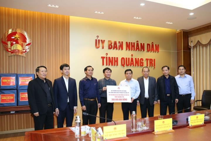 Phó Thủ tướng Trương Hòa Bình chỉ đạo công tác khắc phục hậu quả bão lụt - 2