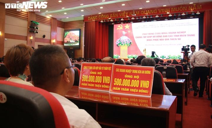 TP Hải Phòng ủng hộ 120 tỷ đồng và 200 tấn gạo giúp đồng bào miền Trung - 9