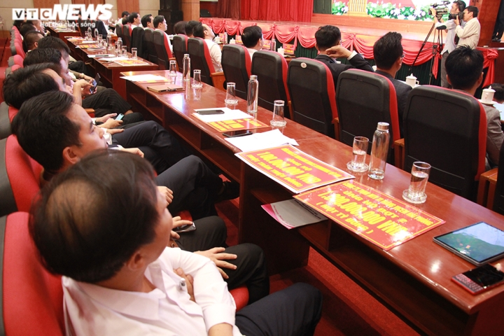 TP Hải Phòng ủng hộ 120 tỷ đồng và 200 tấn gạo giúp đồng bào miền Trung - 11