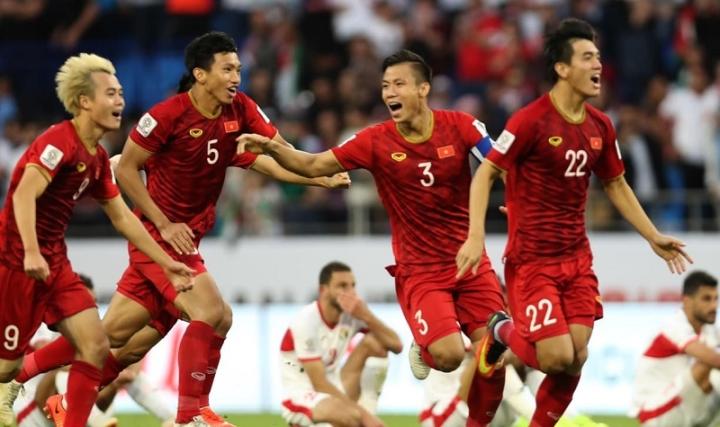 ĐT Việt Nam giữ vững vị trí số 1 Đông Nam Á, 14 châu Á - 1