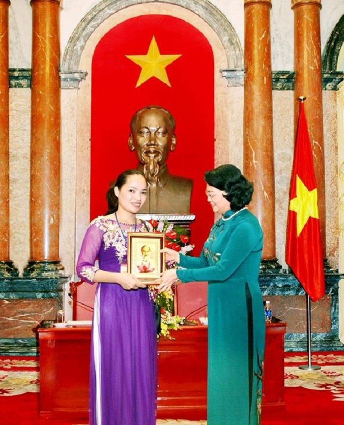 Lương Y Nguyễn Thị Hiền – Kho Báu Thuốc Nam Của Người Việt - 9