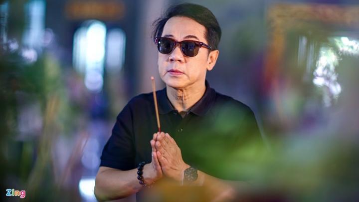 NSND Thành Lộc, MC Quyền Linh viếng NSND Lý Huỳnh - 3