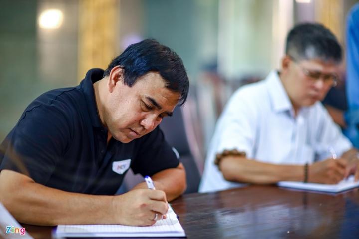 NSND Thành Lộc, MC Quyền Linh viếng NSND Lý Huỳnh - 7