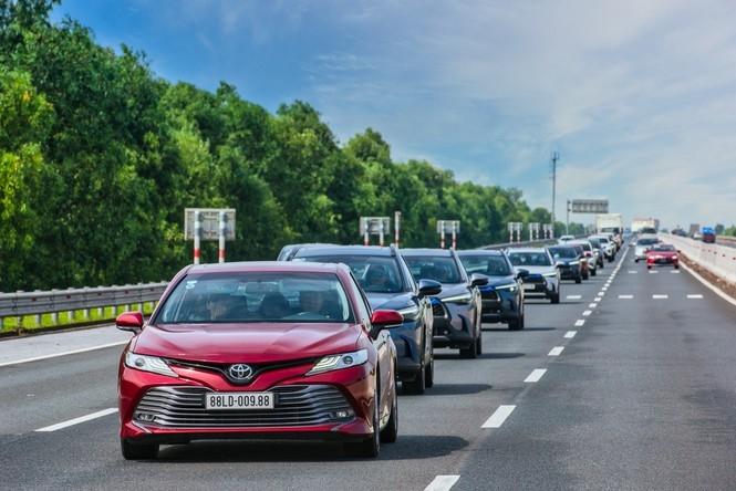 Dàn SUV Toyota gây ấn tượng trong hành trình Hà Nội - Quảng Ninh - 10