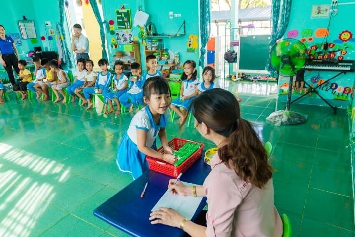 Hậu Giang mở rộng phạm vi thí điểm chương trình sữa học đường - 4