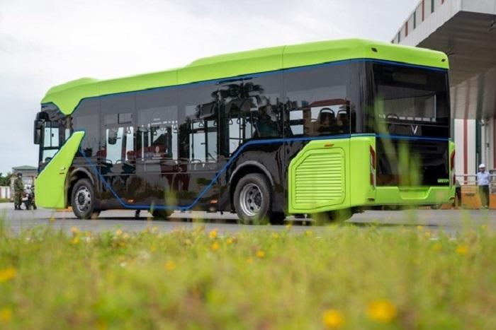 Xe bus điện: Khởi đầu một lối sống văn minh - 2