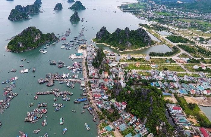 Hết thời sốt đất, giá bất động sản Quảng Ninh giảm sâu - 1