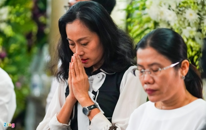 Nghệ sĩ Việt đưa tiễn NSND Lý Huỳnh về nơi an nghỉ - 5